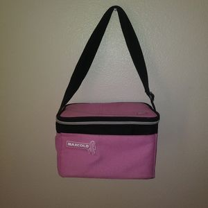 Igloo maxicold breast cancer awareness lunch bag
